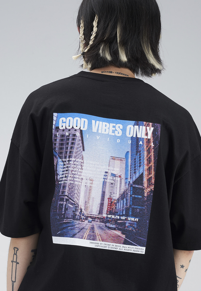 [크럼프] CITY GRAPHIC T-SHIRT (CT0274)