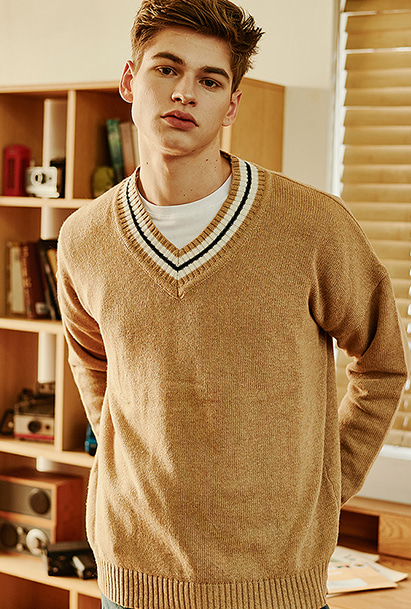 [크럼프] Crump wool v-neck overfit knit (CT0120-1)