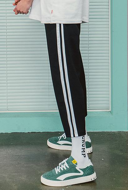 [크럼프] Crump two line crop pants (CP0057)