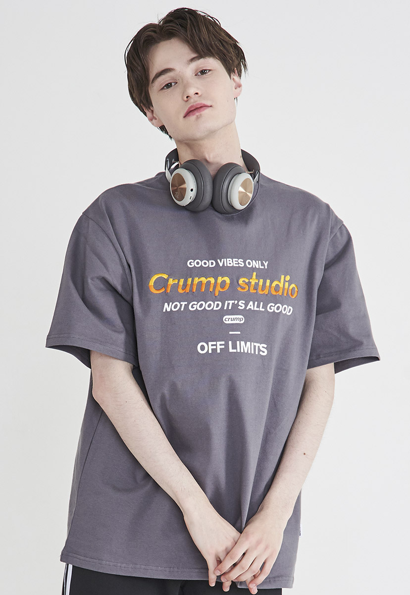 [크럼프] [자수] Crump studio color logo t-shirt (CT0208-2)