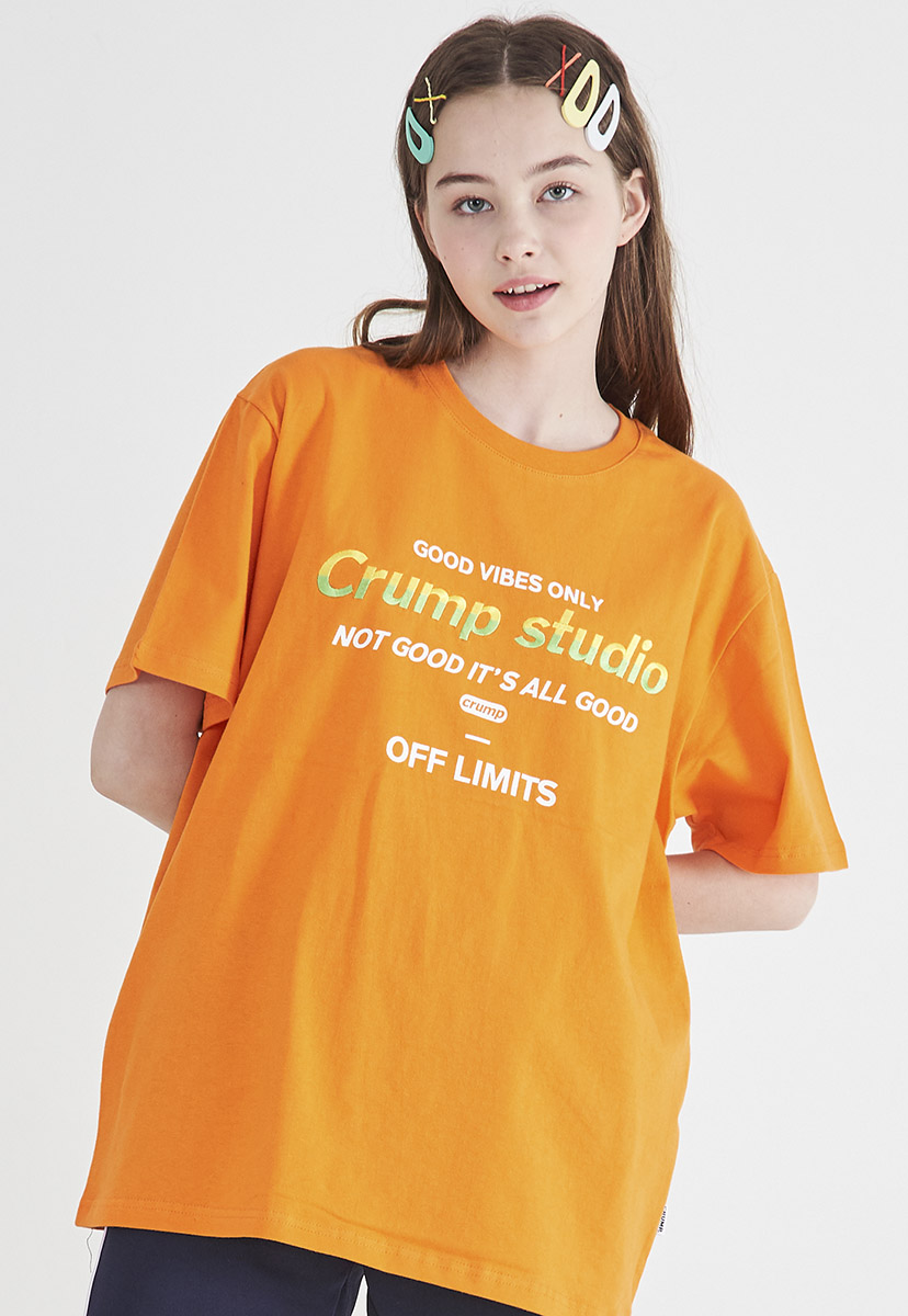 [크럼프] [자수] Crump studio color logo t-shirt (CT0208-1)