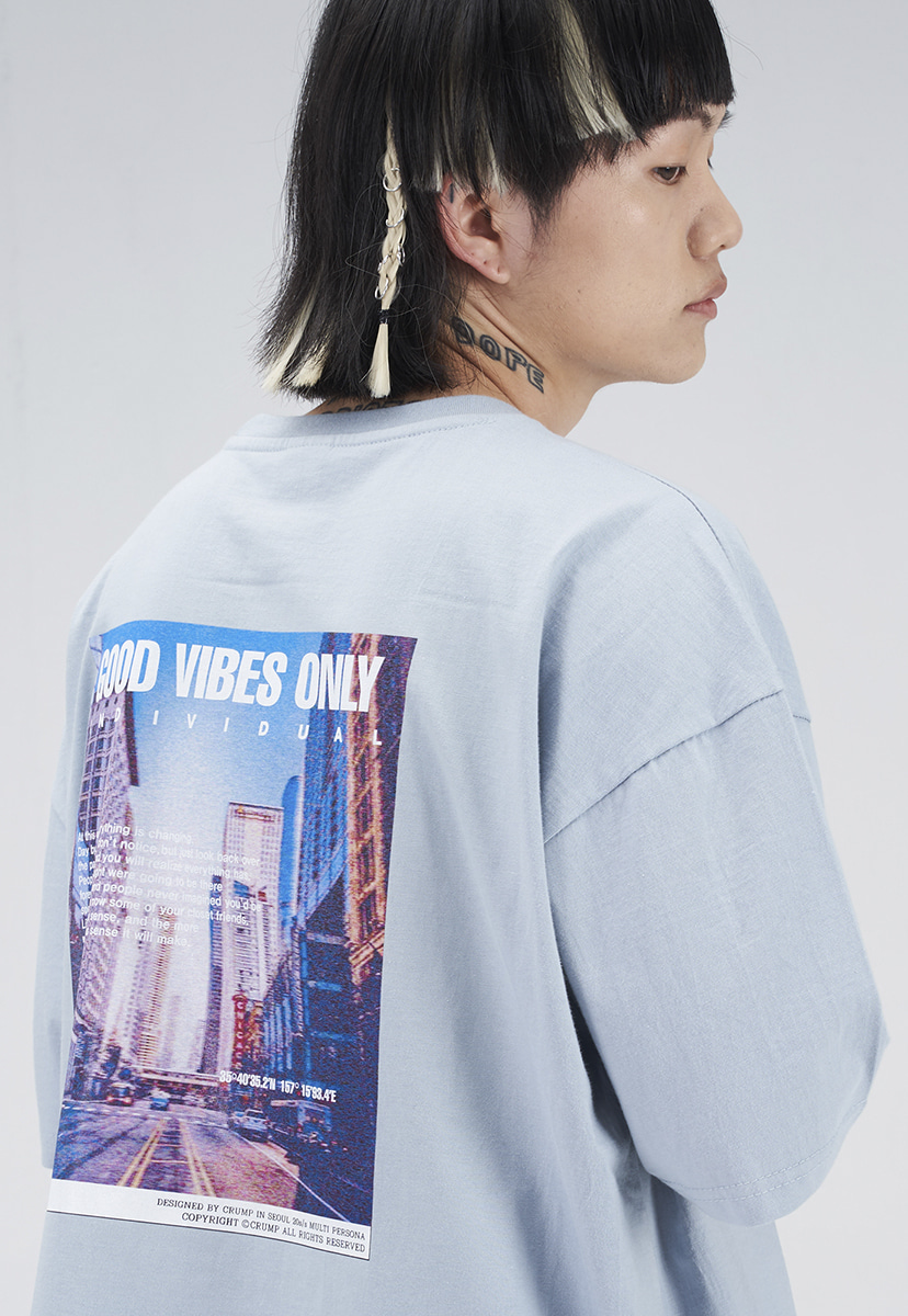 [크럼프] CITY GRAPHIC T-SHIRT (CT0274-1)